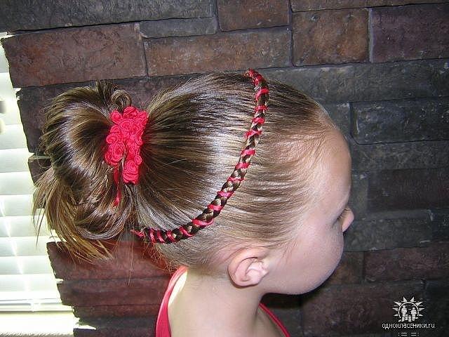 Прически на короткие волосы с маленькими резинками