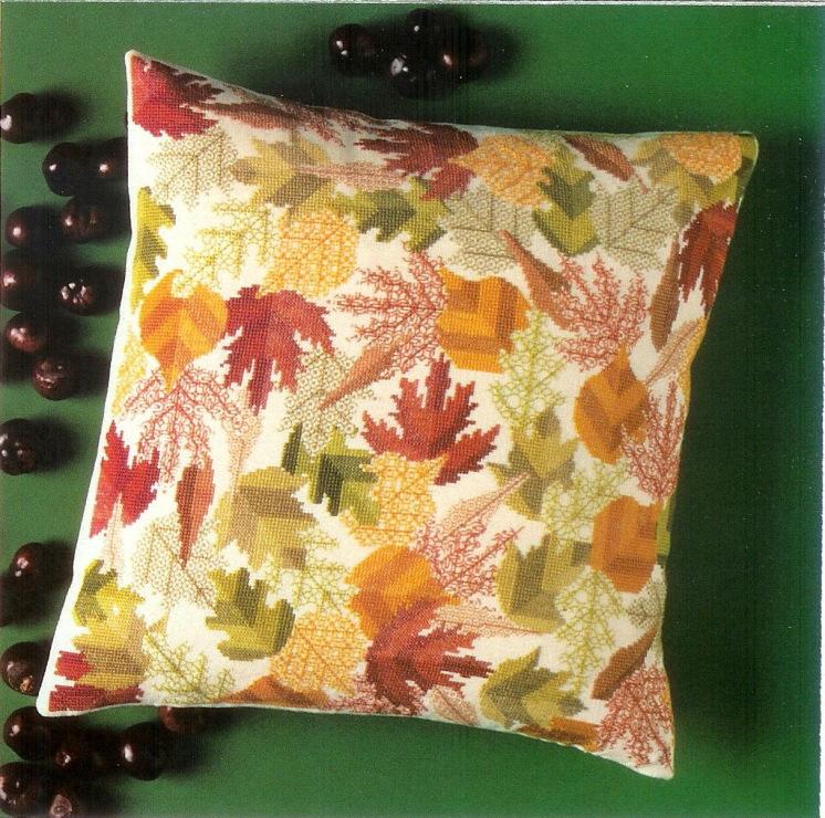 Осенние листья вышивка подушка 81