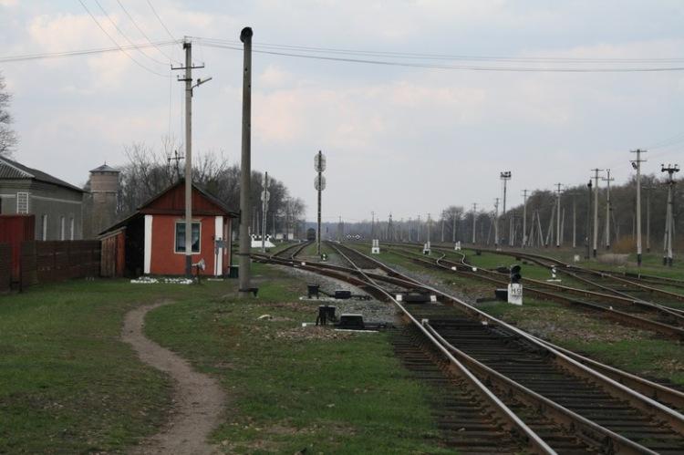 25092010 поездка в каменное село заброшенная база рвсн в с белокоровичи